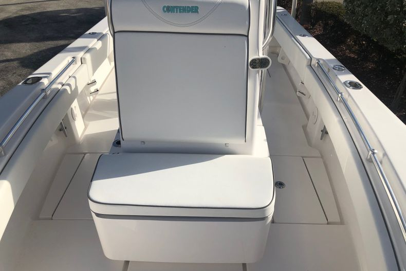 Thumbnail 10 for Used 2020 Contender 25 Tournament boat for sale in Vero Beach, FL