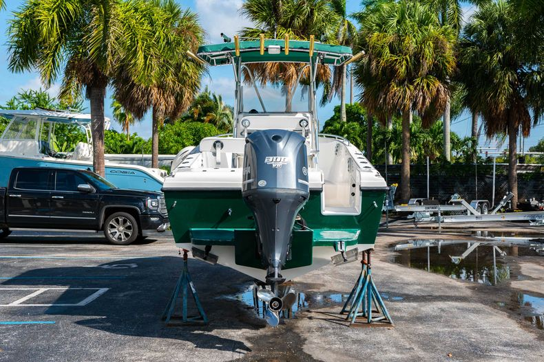 Thumbnail 9 for Used 2004 Bluewater 2350 Center Console boat for sale in West Palm Beach, FL
