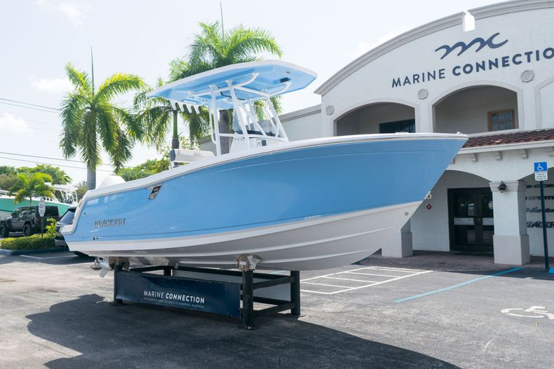 Thumbnail 1 for New 2021 Blackfin 222CC boat for sale in West Palm Beach, FL