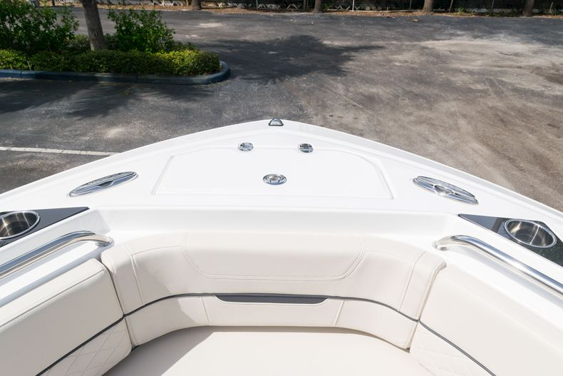 Thumbnail 50 for New 2021 Blackfin 222CC boat for sale in West Palm Beach, FL