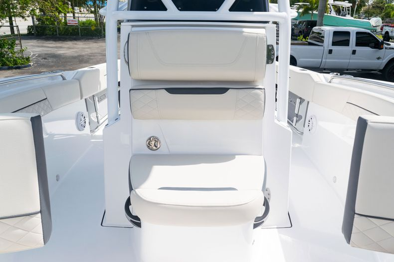Thumbnail 40 for New 2021 Blackfin 222CC boat for sale in West Palm Beach, FL