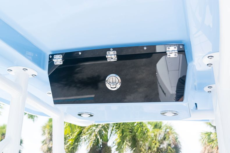 Thumbnail 21 for New 2021 Blackfin 222CC boat for sale in West Palm Beach, FL
