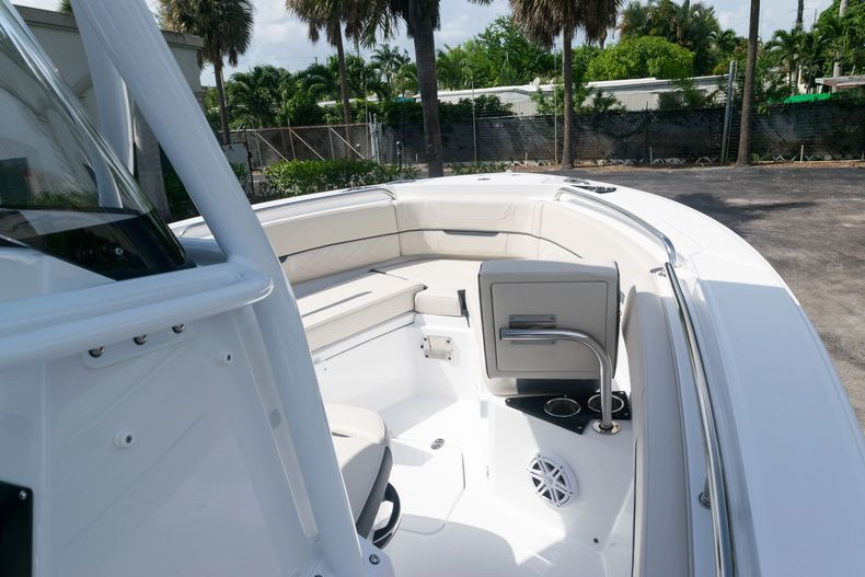 Thumbnail 39 for New 2021 Blackfin 222CC boat for sale in West Palm Beach, FL