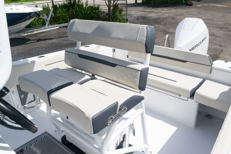 Thumbnail 25 for New 2021 Blackfin 222CC boat for sale in West Palm Beach, FL