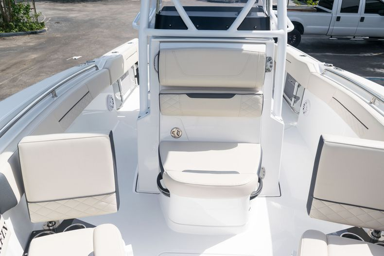Thumbnail 52 for New 2021 Blackfin 222CC boat for sale in West Palm Beach, FL