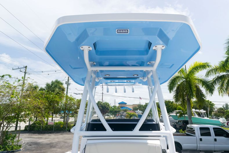 Thumbnail 41 for New 2021 Blackfin 222CC boat for sale in West Palm Beach, FL