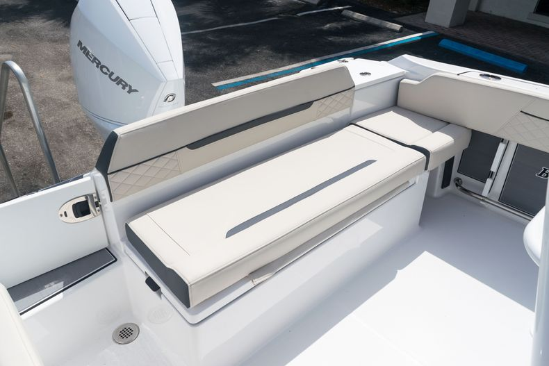 Thumbnail 13 for New 2021 Blackfin 222CC boat for sale in West Palm Beach, FL