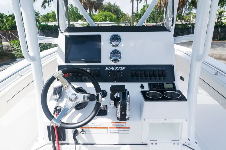 Thumbnail 30 for New 2021 Blackfin 222CC boat for sale in West Palm Beach, FL