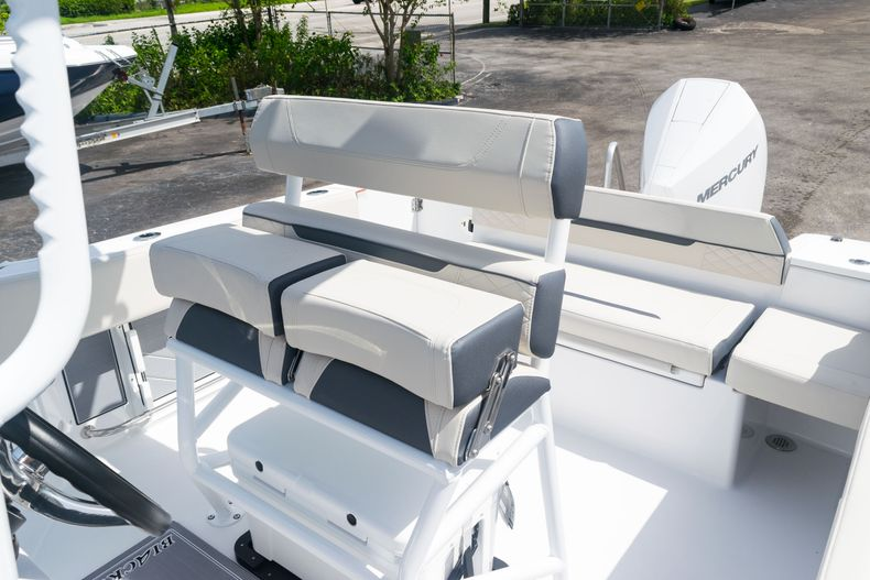 Thumbnail 26 for New 2021 Blackfin 222CC boat for sale in West Palm Beach, FL