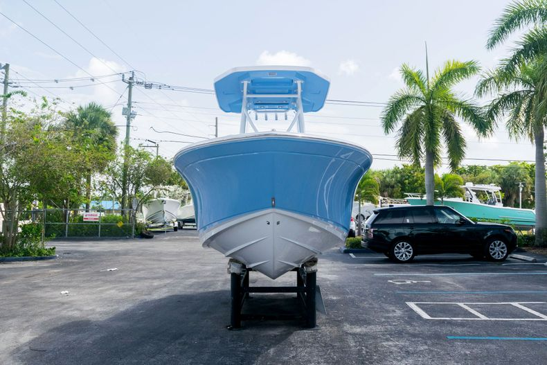 Thumbnail 2 for New 2021 Blackfin 222CC boat for sale in West Palm Beach, FL