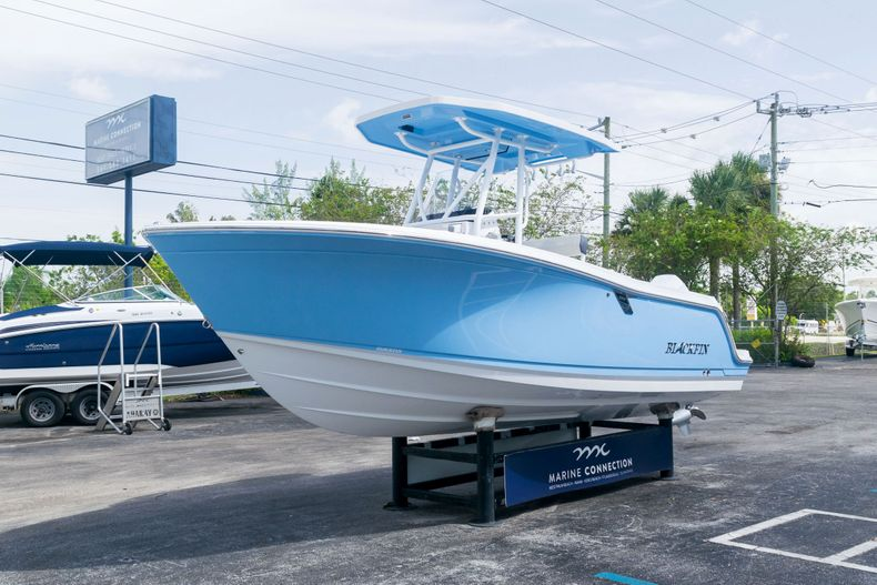 Thumbnail 3 for New 2021 Blackfin 222CC boat for sale in West Palm Beach, FL