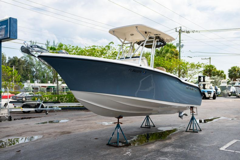 Thumbnail 4 for Used 2014 Key West 239FS Center Console boat for sale in West Palm Beach, FL