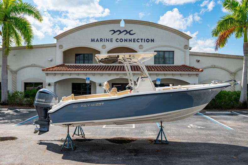 Used 2014 Key West 239FS Center Console boat for sale in West Palm Beach, FL