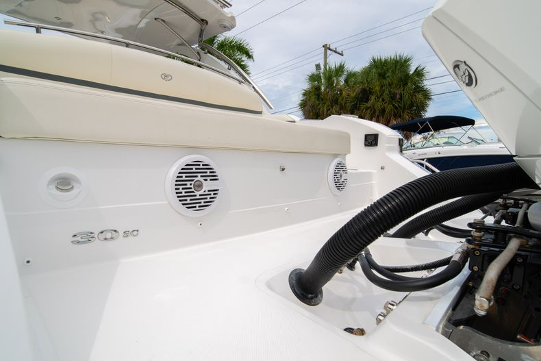 Thumbnail 14 for Used 2019 Cobalt 30SC boat for sale in West Palm Beach, FL