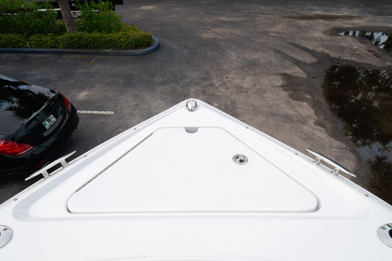 Thumbnail 54 for Used 2019 Cobalt 30SC boat for sale in West Palm Beach, FL