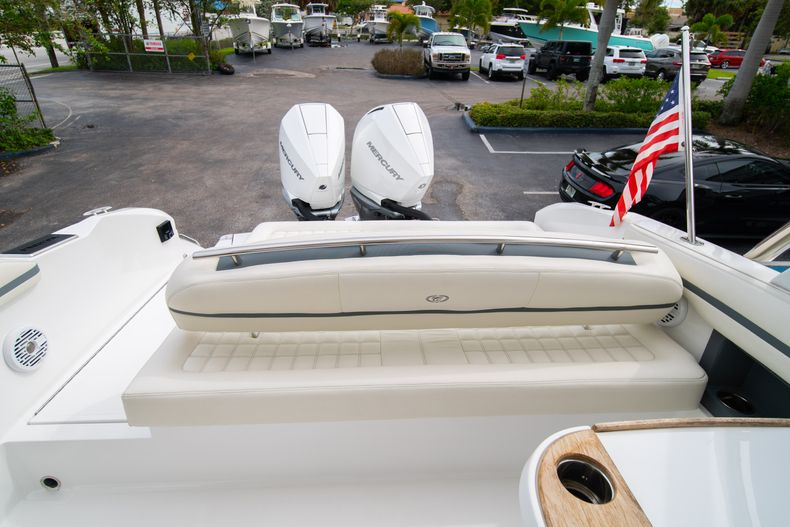 Thumbnail 28 for Used 2019 Cobalt 30SC boat for sale in West Palm Beach, FL
