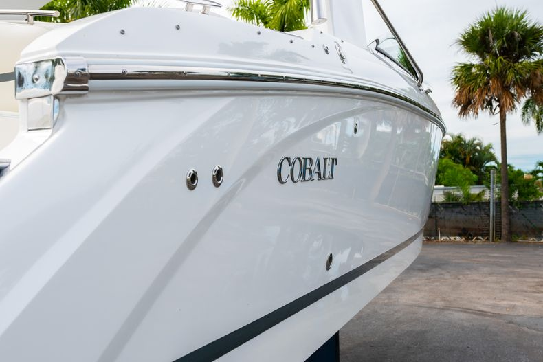 Thumbnail 11 for Used 2019 Cobalt 30SC boat for sale in West Palm Beach, FL