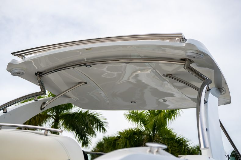 Thumbnail 12 for Used 2019 Cobalt 30SC boat for sale in West Palm Beach, FL