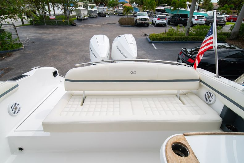 Thumbnail 27 for Used 2019 Cobalt 30SC boat for sale in West Palm Beach, FL