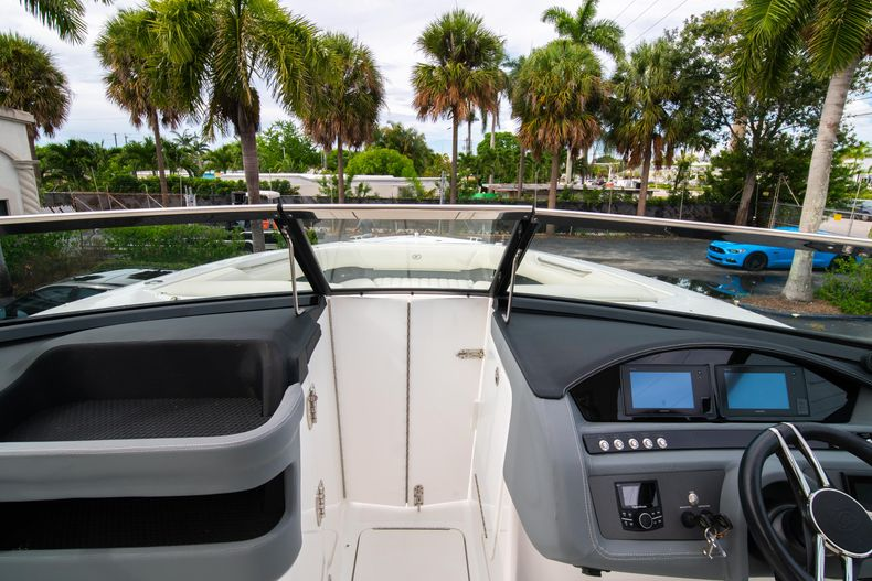 Thumbnail 48 for Used 2019 Cobalt 30SC boat for sale in West Palm Beach, FL
