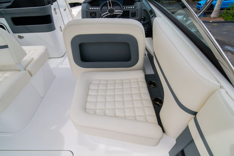 Thumbnail 21 for Used 2019 Cobalt 30SC boat for sale in West Palm Beach, FL