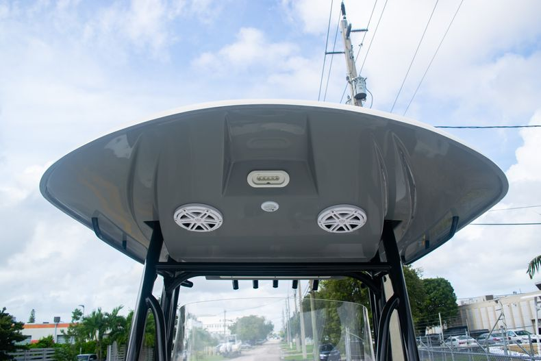 Thumbnail 47 for Used 2019 Cobia 261 CC boat for sale in Miami, FL