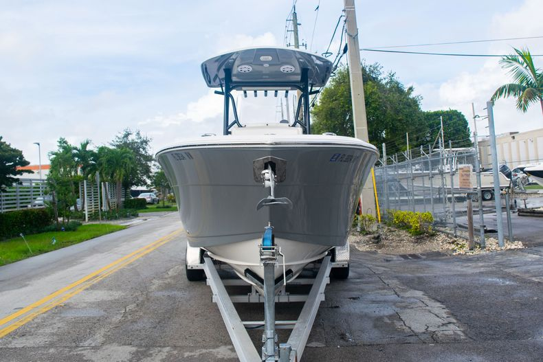 Thumbnail 2 for Used 2019 Cobia 261 CC boat for sale in Miami, FL