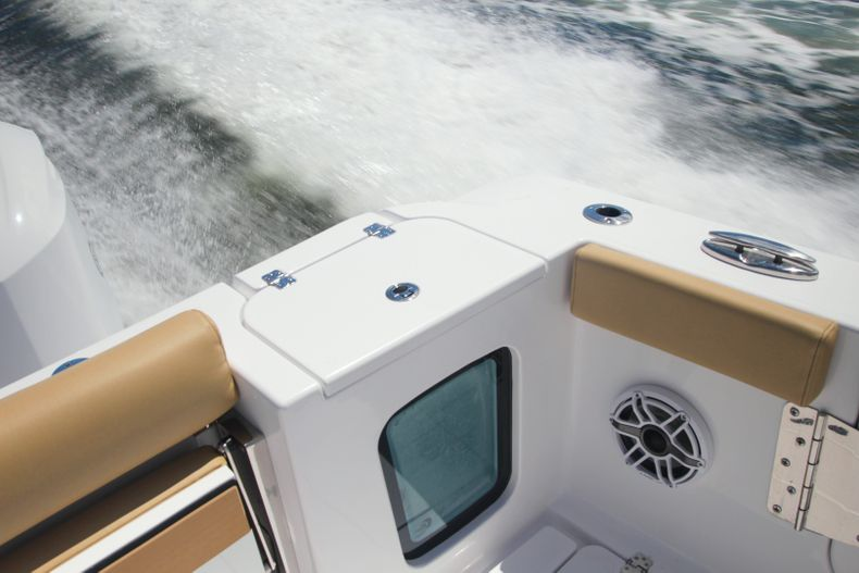 Thumbnail 9 for New 2021 Sportsman Open 302 Center Console boat for sale in West Palm Beach, FL