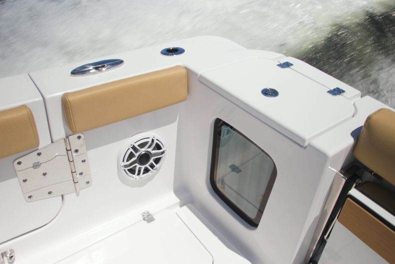 Thumbnail 8 for New 2021 Sportsman Open 302 Center Console boat for sale in West Palm Beach, FL