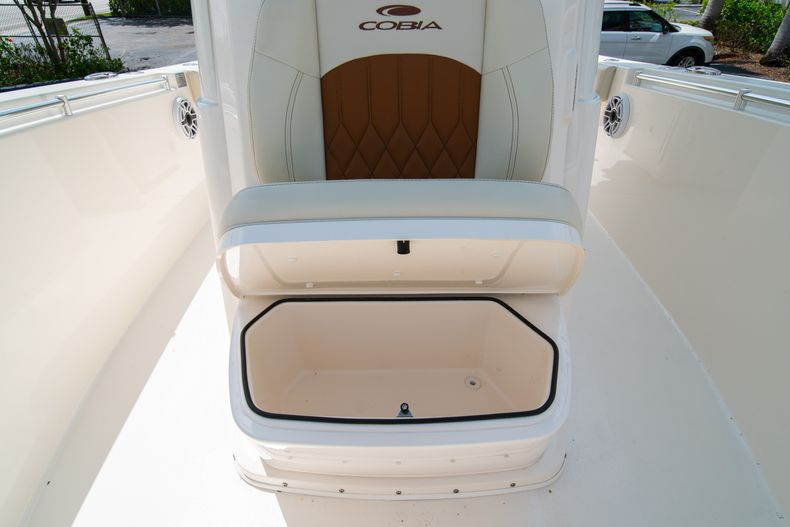 Thumbnail 59 for Used 2020 Cobia 280 CC boat for sale in West Palm Beach, FL