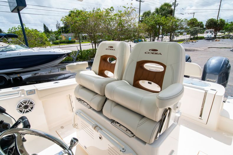Thumbnail 43 for Used 2020 Cobia 280 CC boat for sale in West Palm Beach, FL