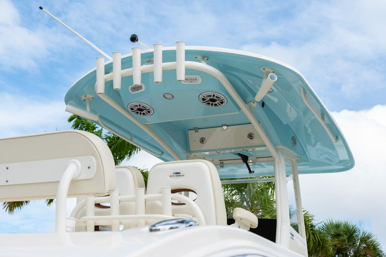 Thumbnail 12 for Used 2020 Cobia 280 CC boat for sale in West Palm Beach, FL