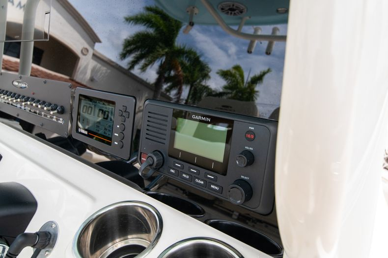 Thumbnail 34 for Used 2020 Cobia 280 CC boat for sale in West Palm Beach, FL