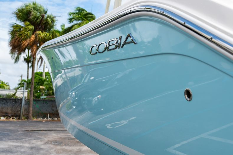 Thumbnail 8 for Used 2020 Cobia 280 CC boat for sale in West Palm Beach, FL