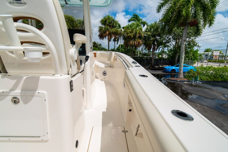 Thumbnail 21 for Used 2020 Cobia 280 CC boat for sale in West Palm Beach, FL