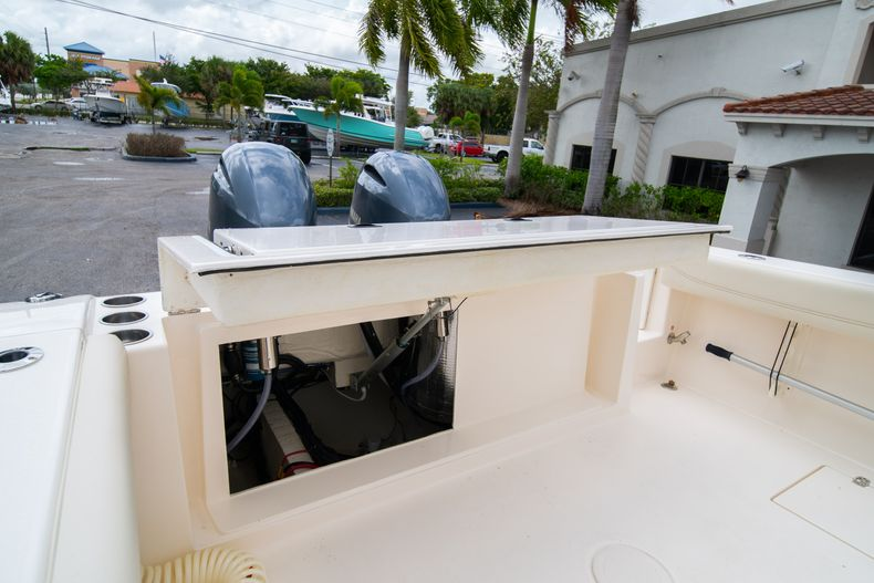 Thumbnail 16 for Used 2020 Cobia 280 CC boat for sale in West Palm Beach, FL