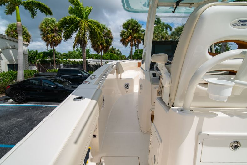 Thumbnail 27 for Used 2020 Cobia 280 CC boat for sale in West Palm Beach, FL