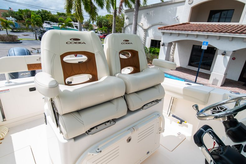 Thumbnail 41 for Used 2020 Cobia 280 CC boat for sale in West Palm Beach, FL