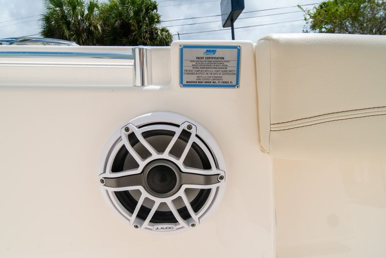 Thumbnail 45 for Used 2020 Cobia 280 CC boat for sale in West Palm Beach, FL