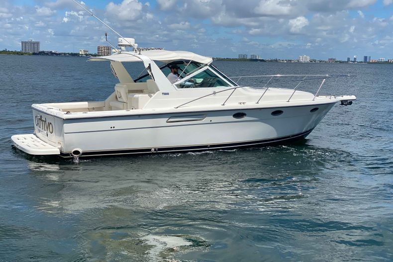Thumbnail 4 for Used 2001 Tiara Yachts 3100 Open boat for sale in West Palm Beach, FL