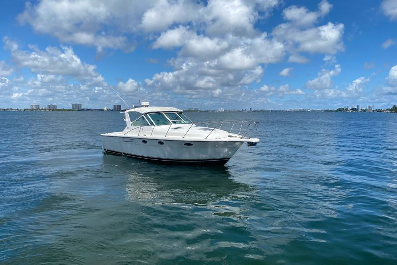 Thumbnail 6 for Used 2001 Tiara Yachts 3100 Open boat for sale in West Palm Beach, FL