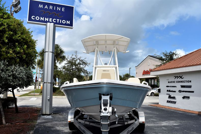 Thumbnail 2 for New 2021 Pathfinder 2200 TRS boat for sale in Vero Beach, FL