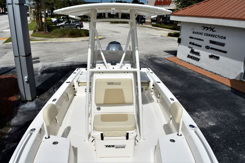 Thumbnail 14 for New 2021 Pathfinder 2200 TRS boat for sale in Vero Beach, FL