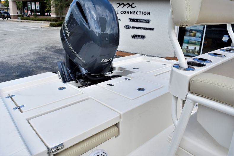 Thumbnail 18 for New 2021 Pathfinder 2200 TRS boat for sale in Vero Beach, FL