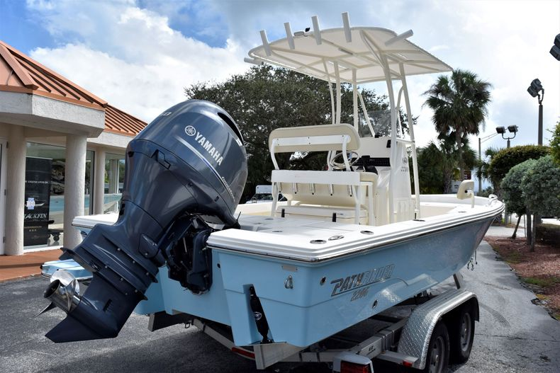 Thumbnail 5 for New 2021 Pathfinder 2200 TRS boat for sale in Vero Beach, FL