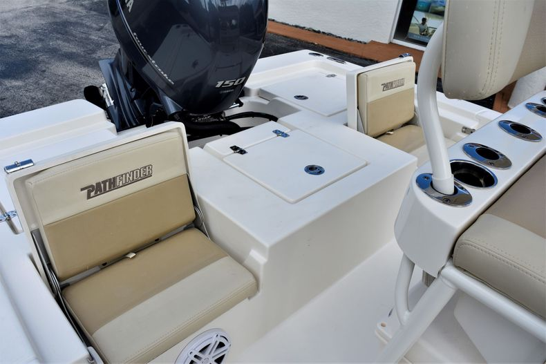Thumbnail 19 for New 2021 Pathfinder 2200 TRS boat for sale in Vero Beach, FL