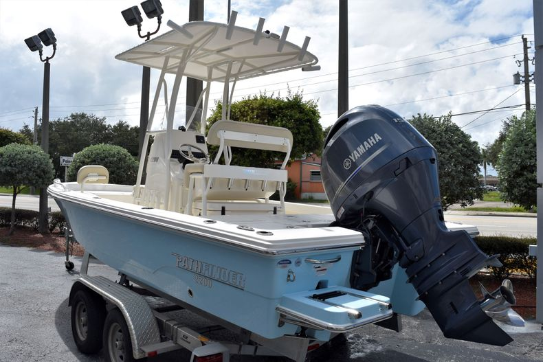 Thumbnail 3 for New 2021 Pathfinder 2200 TRS boat for sale in Vero Beach, FL