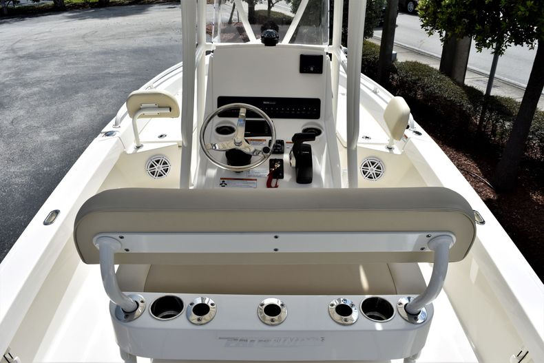 Thumbnail 9 for New 2021 Pathfinder 2200 TRS boat for sale in Vero Beach, FL