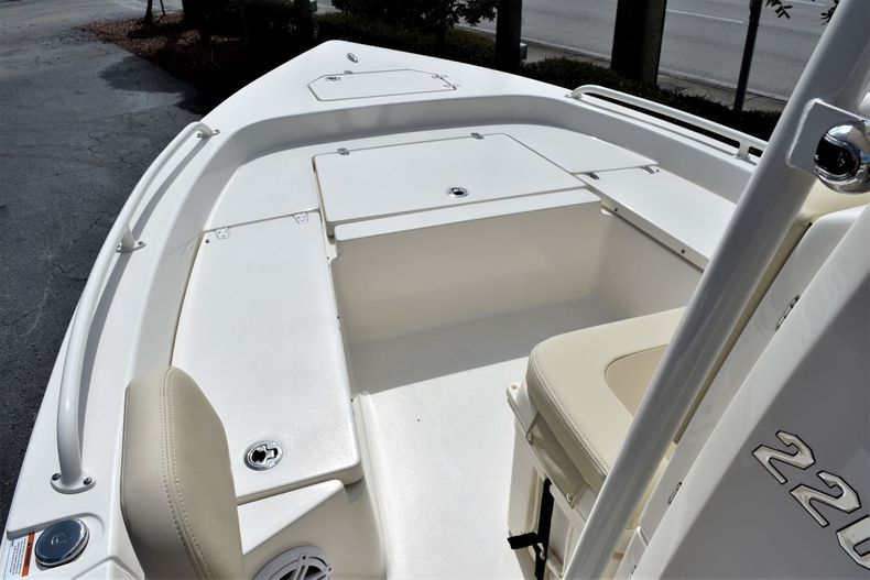 Thumbnail 13 for New 2021 Pathfinder 2200 TRS boat for sale in Vero Beach, FL