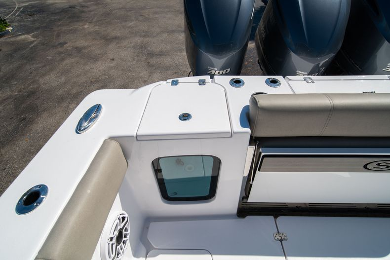 Thumbnail 9 for New 2021 Sportsman Open 352 Center Console boat for sale in West Palm Beach, FL
